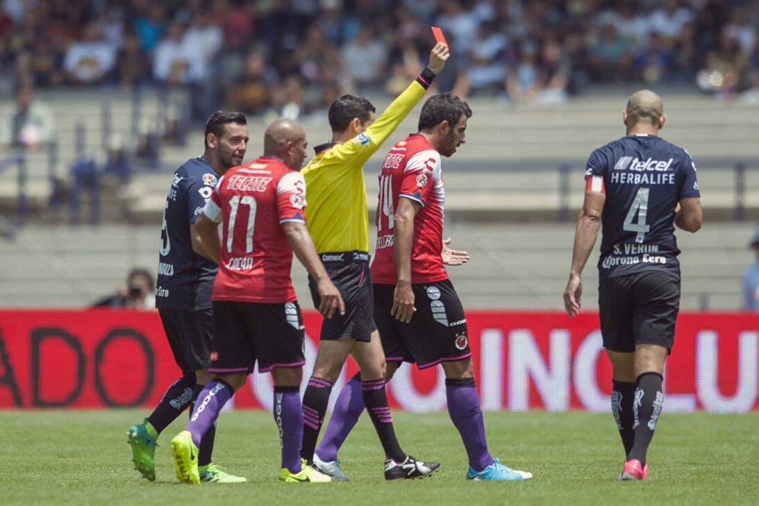 Los Pumas se hunden ante un Veracruz que toma oxígeno. 20170423_6929.jpg