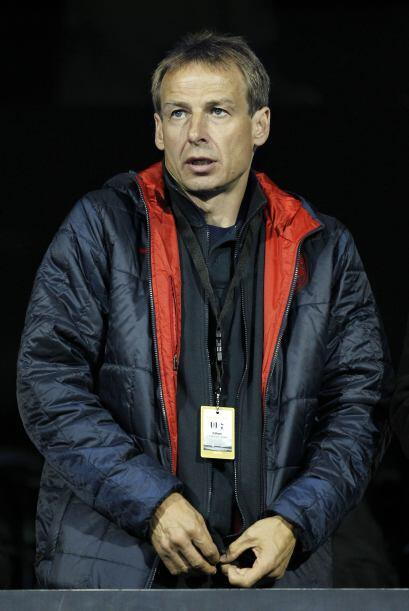 Y en un estadio de Inglaterra nos encontramos hasta a Jürgen Klinsmann....