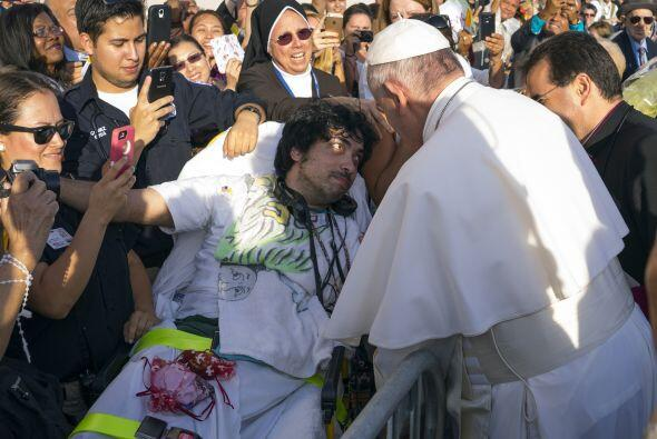 Los que no pasan inadvertidos a la mirada del pontífice.