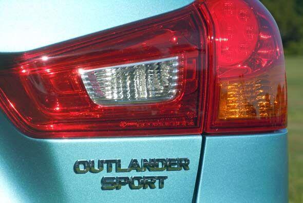La Outlander Sport cuenta con los más avanzados sistemas de seguridad.