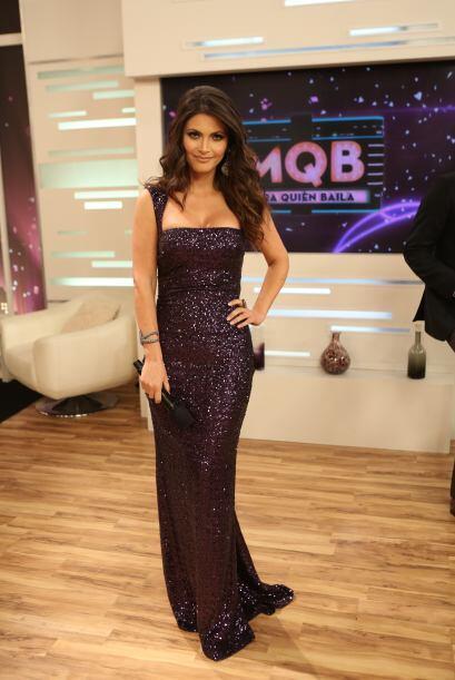 Te invitamos a admirar las curvas de la espectacular presentadora de Mir...
