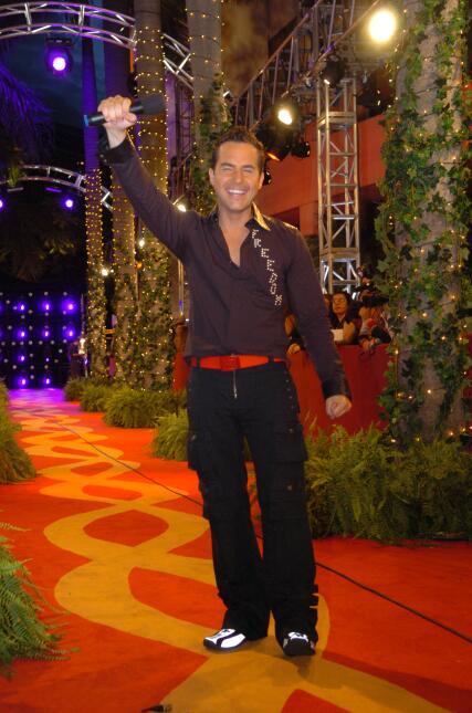 Carlos Calderón 2004