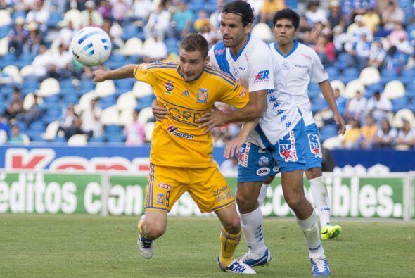 Marco Rubén, ahora ex Tigre y nuevo integrante de Rosario Central. Ambos...