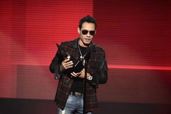 """Marc Anthony se llevó el premio en la categoría """"Mejor artista Latino"""""""