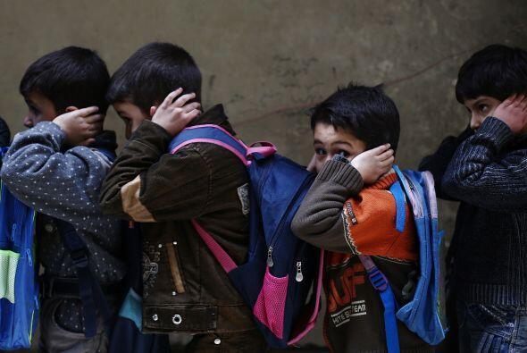 También están sufriendo el deterioro de los servicios educativos y sanit...