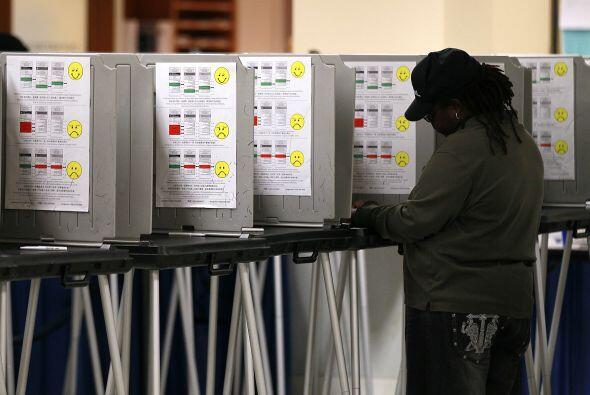 Los centros electorales abrieron a las 7 am y cerrarán a las 8 pm.