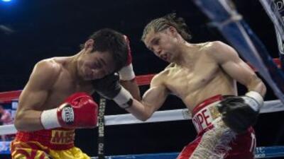 Carlos Cuadras le dio otro título mundial a México.