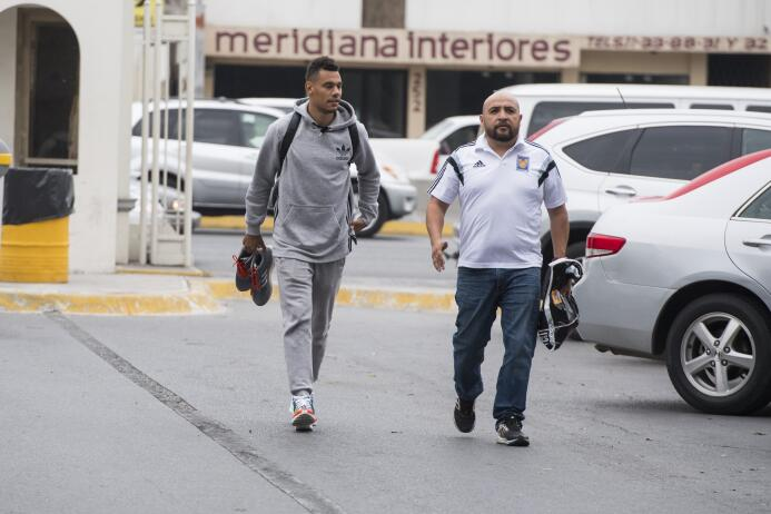La llegada de 'Kolo' a México para pruebas físicas con Tigres: está list...