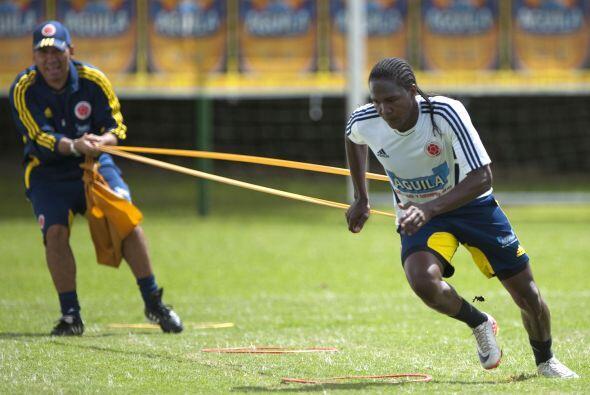 Hugo Rodallega, delantero que milita en Inglaterra, intenta mejorar en l...