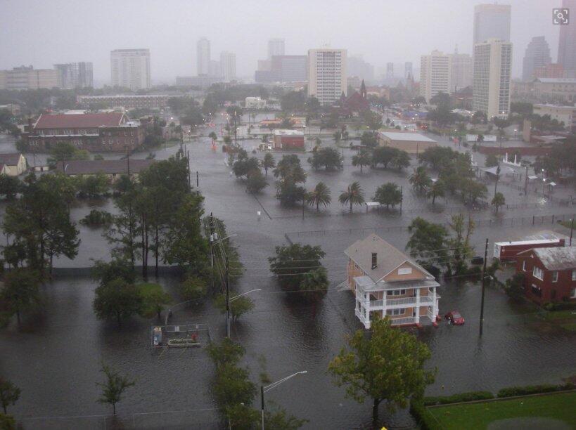 A partir del lunes por la mañana, Jacksonville estaba reportando fuertes...