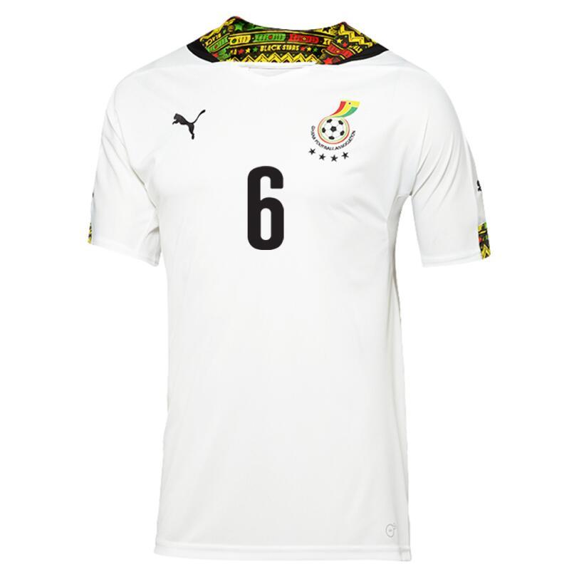 Para el Mundial de Brasil, Ghana vistió con esta linda playera que ademá...