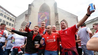Los fanáticos invadieron las calles de Suiza para la Final de la Liga Europa