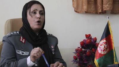 Primera mujer afgana en ser jefa de policía