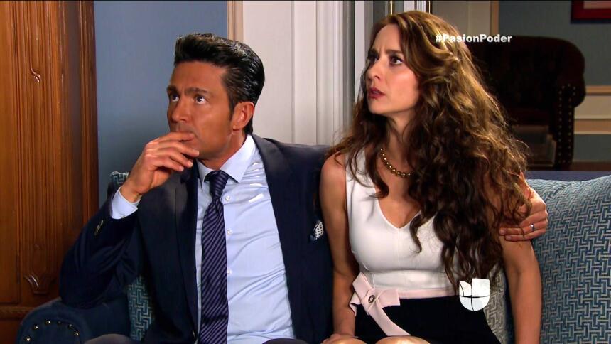 ¡Regina y David son la pareja escándalo! 2D3362FA246C46FFBD4CFBA994CDAA1...