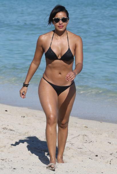 No podemos negar que Julissa Bermudez tiene unas curvas de 10, pero defi...