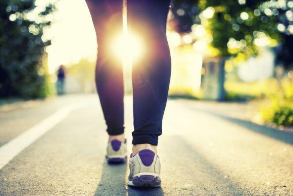 Una persona de peso promedio (160 libras, 72.5 kilos) quema 204 calorías...