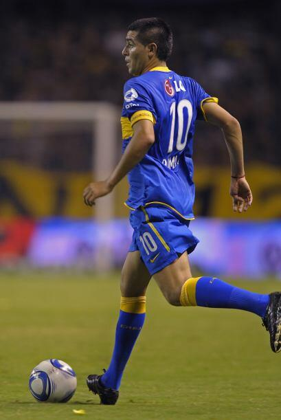 Juan Román Riquelme volvió a ser el eje del conjunto ´xeneize´  y se des...