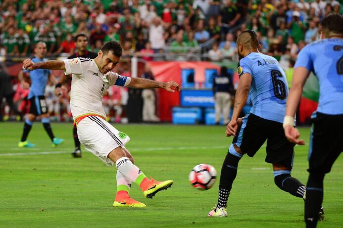 Ranking de los defensas de la Copa América Centenario 05-GettyImages-538...