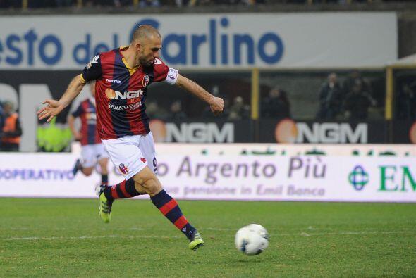 En los primeros minutos, Marco Di Vaio sorprendió a todos con una corrid...