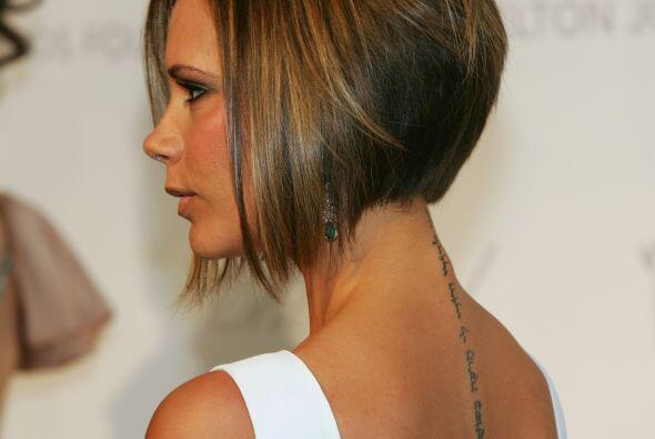 5. Tan famoso se hizo este corte de Victoria Beckham que su BFF, Katie H...