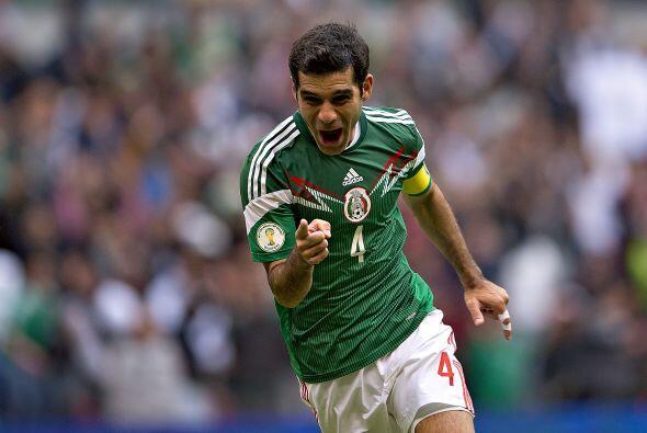 Sería Miguel Herrera quien lo traería de vuelta al Tricolor, primero par...