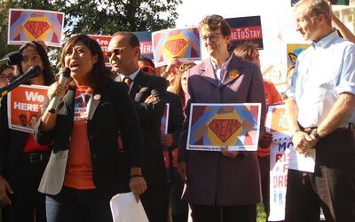 Cristina Jiménez Moreta liderando una manifestación en las...