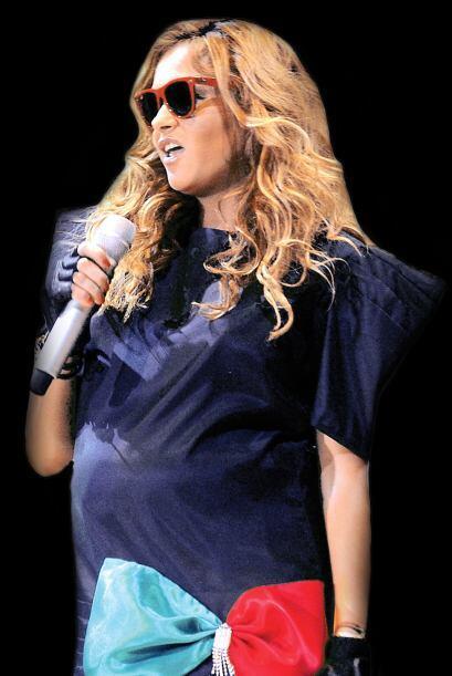 Incluso, en septiembre de 2010, la cantante realizó una presentación esp...