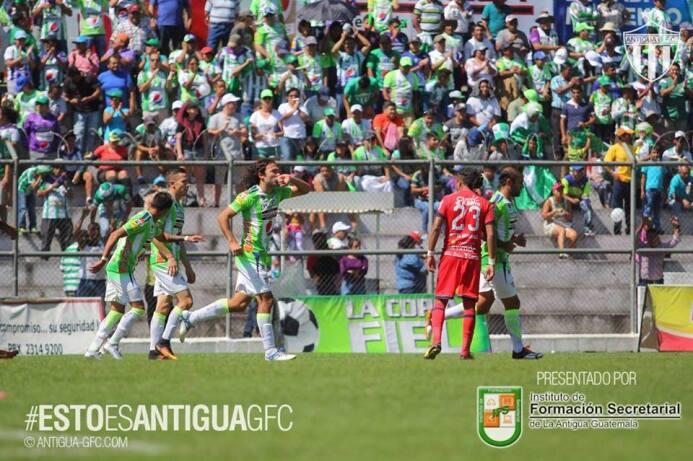 Antigua [4]-0 Malacateco: doblete de Agustín Herrera en este compromiso...