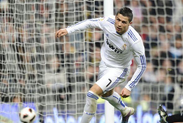 Cristiano terminó de encontrar el olfato goleador y marcó su segundo gol...