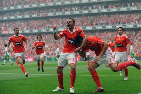 Benfica, el presente campeón del torneo portugués, luce con amplias opci...