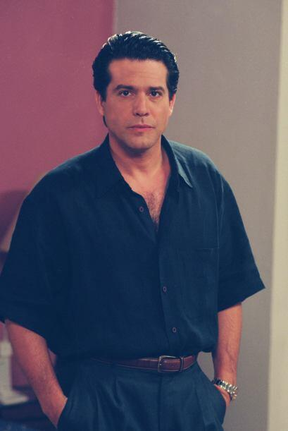 """Miguel de León era """"Douglas"""" y en ese entonces estaba casado con Gaby Sp..."""