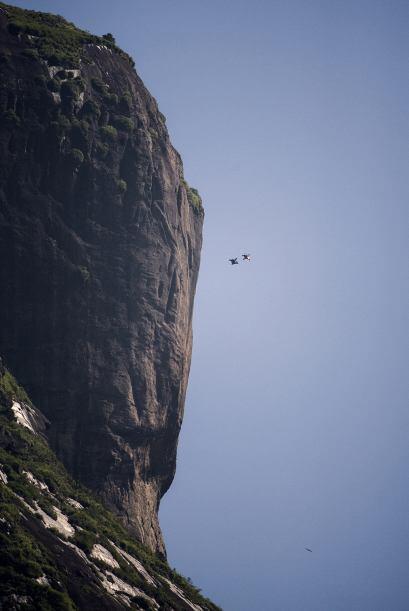 Jhonathan es considerado una de las leyendas de vuelo del mundo. En 2013...