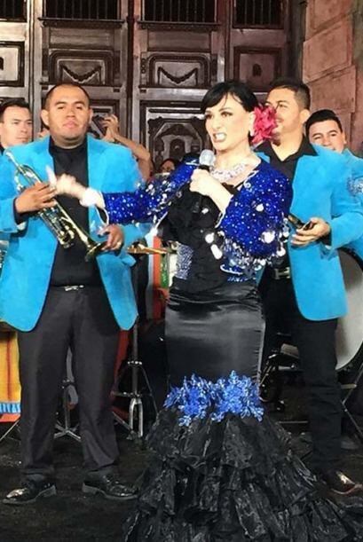 Beatriz Adriana puso a bailar y cantar a más de uno.