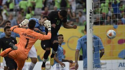 Jordan SIlva anotó de último minuto ante Uruguay.