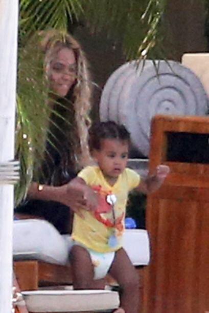 Blue Ivy heredó la belleza y simpatía de su mami, la cantante Beyoncé....