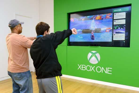 Entre las novedades que incorpora Xbox One está la posibilidad de llamar...