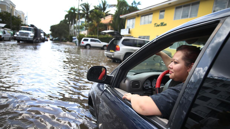 Inundaciones por marea alta en Miami.