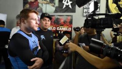 Saúl 'Canelo' Álvarez aseguró que hay negociaciones con Miguel Cotto.
