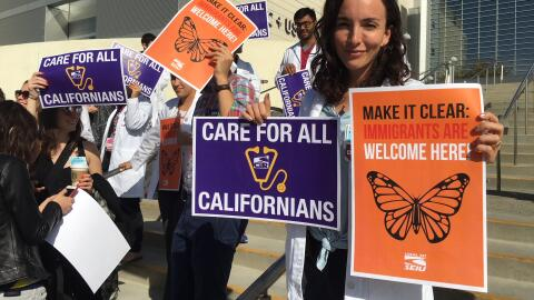 """""""Aclaremos: los inmigrantes son bienvenidos aquí"""", dec&..."""
