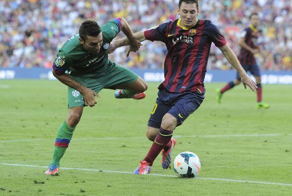 Lionel estaba jugando a gran nivel y no sólo atacando, sino recuperando...