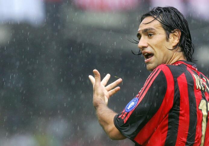 Defensa: Alessandro Nesta de la edición FIFA 2005. Tenía una media de 94.