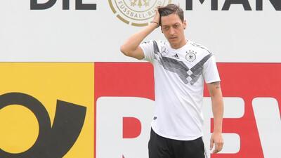 Mesut Özil será baja de Alemania para el juego amistoso ante Arabia Saudita
