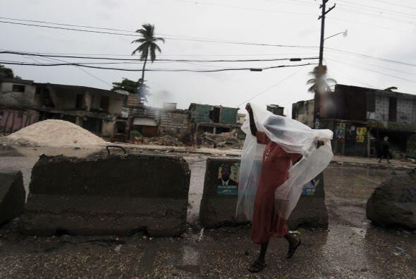 Algunos temen que la tormenta empeore la epidemia de cólera en Haití, la...