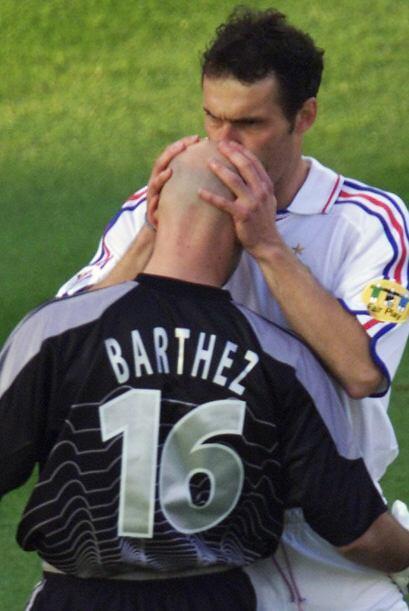 Laurent Blanc, central y capitán de Francia en 1998 y ahora DT de...