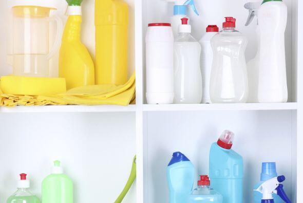 Es probable que estas piezas puedan limpiarse usando jabón y agua...