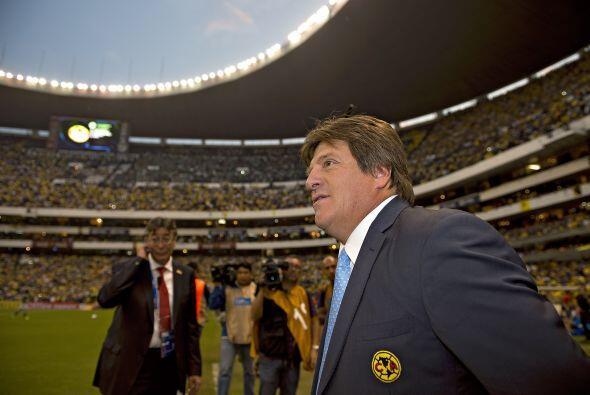 """La liga Mx no se salva de los corajes del """"Piojo"""", dirigiendo al América..."""