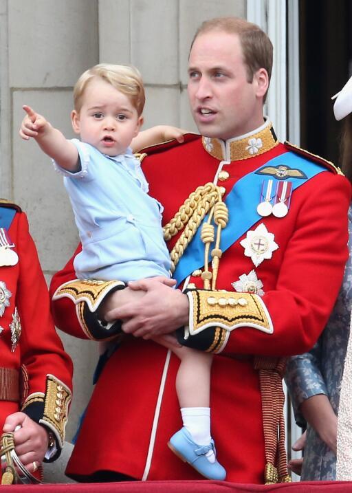 Seguramente, Kate Middleton y el príncipe William vistan al pequeño Geor...