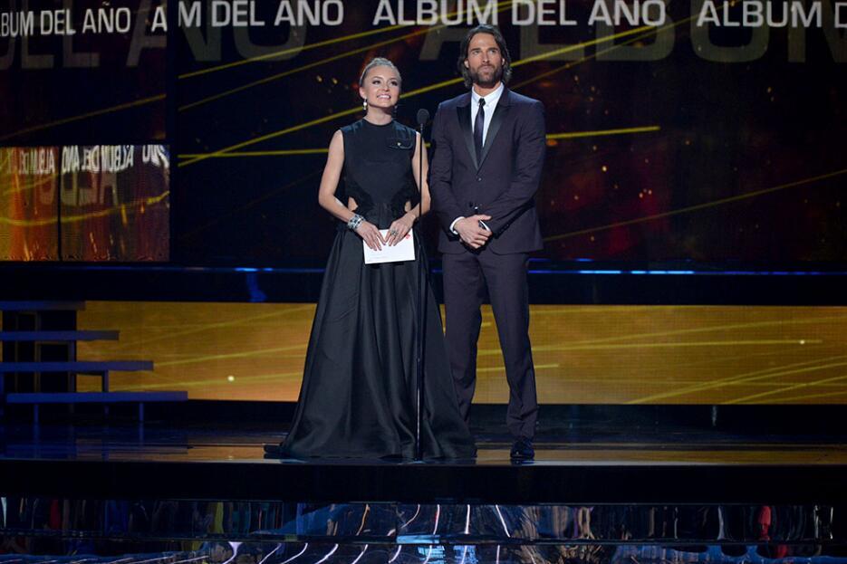 Angelique Boyer y Sebastian Rulli en Latin GRAMMY