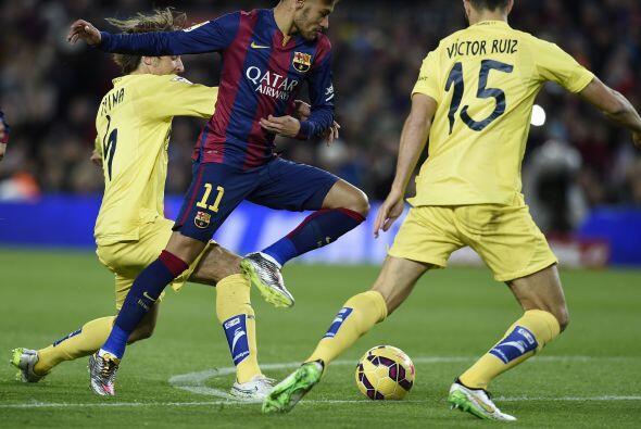El 'Submarino Amarillo' demostró en el Camp Nou ser un equipo muy compli...