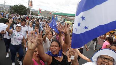 Manifestación a favor de Juan Orlando Hernández en Tegucigalpa.